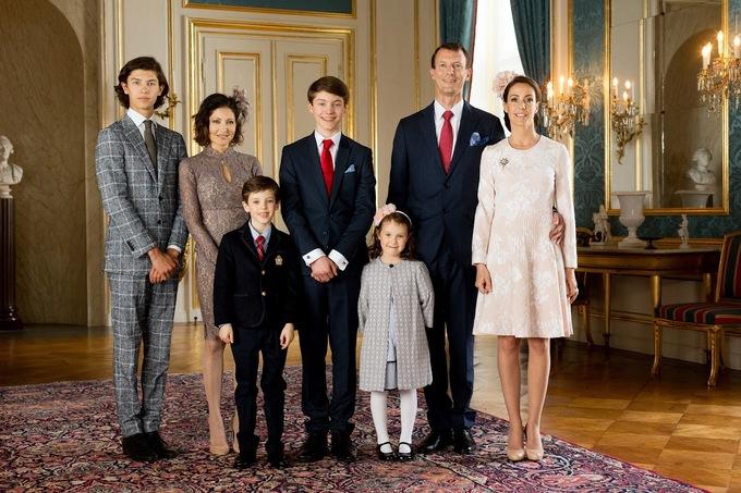 Hoàng tử Đan Mạch gia nhập vào làng mẫu