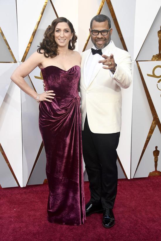 Đạo diễn viên phim đề cử Oscar Get Out hạnh phúc bên bà xã - nữ diễn viên Chelsea Peretti.