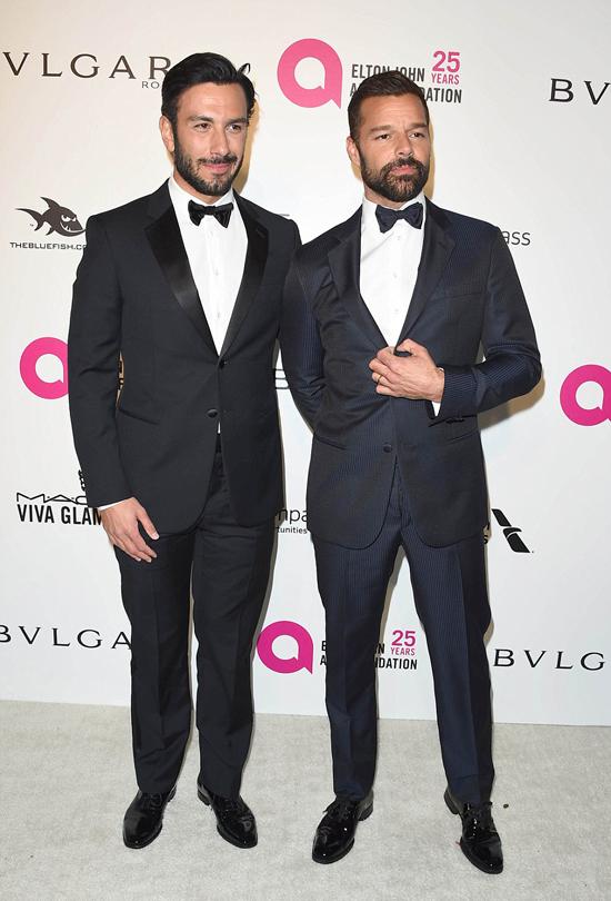 Nhiều ngôi sao tham dự sự kiện này như ca sĩ Chris Martin và chồng - họa sĩ Ywan Yosef.