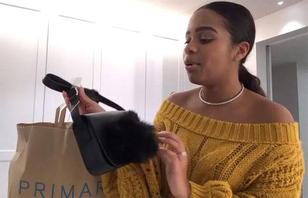 Paige Milian khoe những món đồ mua được. Ảnh: TS.