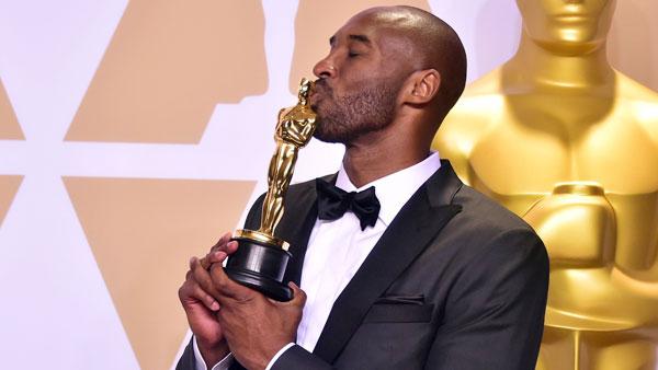 Huyền thoại bóng rổ hôn tượng Oscar