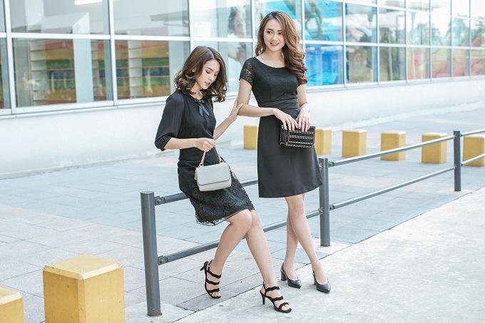 Xuống phố cùng bạn thân với kiểu trang phục ton sur ton quyến rũ. Nếu muốn an toàn, chị em có thể lựa chọn phụ kiện cùng tông màu với trang phục hoặc tạo điểm nhấn bằng một chiếc túi xách khác màu.