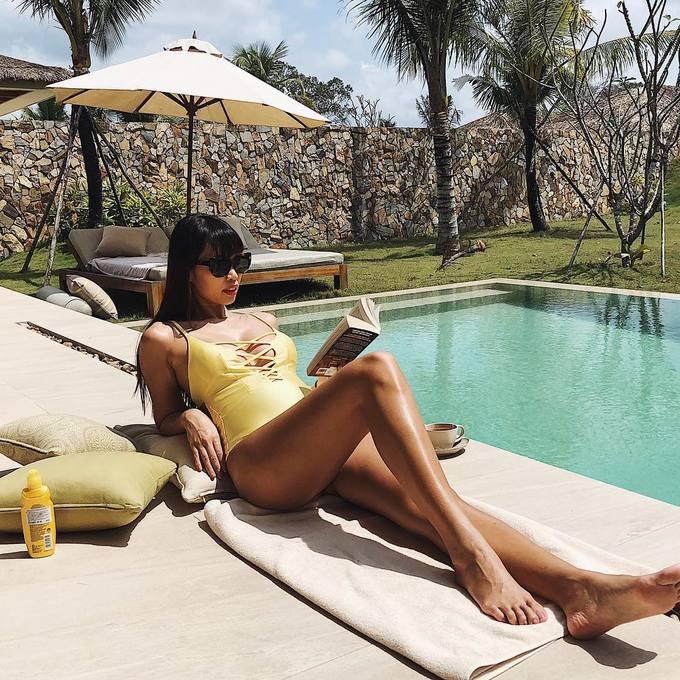 Mỹ nhân Việt diện bikini, khoe vóc dáng chuẩn sau Tết