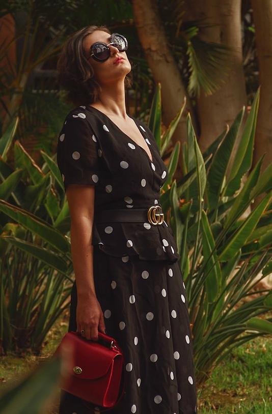 Thắt lưng Gucci dễ dàng kết hợp với các trang phục ở nhiều phong cách cổ điển, hiện đại, cá tính, thanh lịch, vì thế nó luôn là sản phẩm đắt hàng.