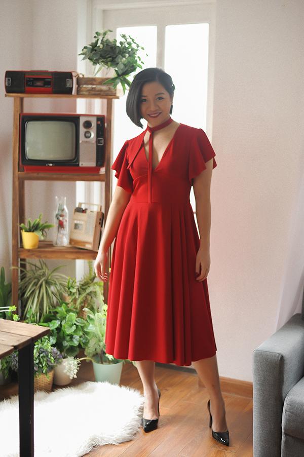 Bằng cách sử dụng những tôn màu sáng, nhà mốt Việtđánh bật định kiến về thời trang cho người béo rằng, mập thì chỉ mặc được màu đen.