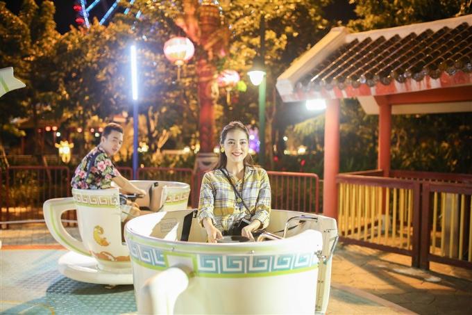 Tại Sun World Danang Wonders, du khách thỏa sức vận động với nhiều trò chơi ngoài trời, trong nhà hấp dẫn.