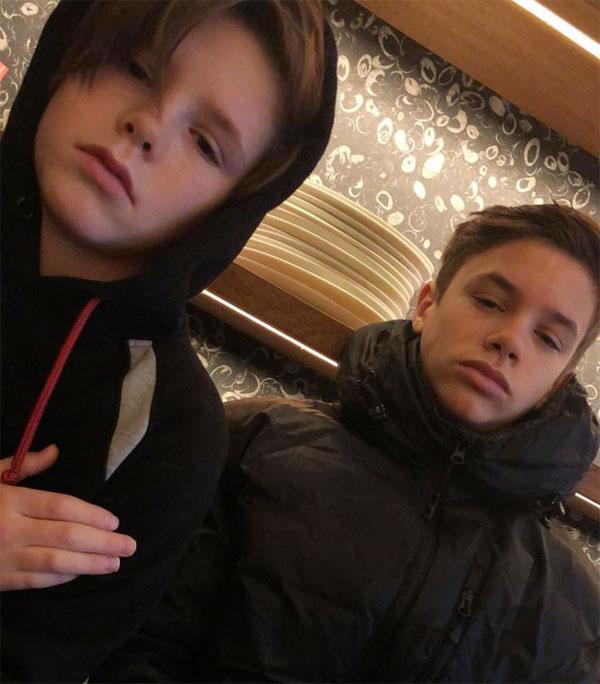 Vẻ mặt của Romeo và Cruz khi bị mẹ bắt đi học trong ngày tuyết rơi dày.