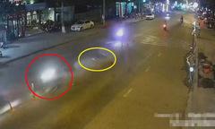 Nam thanh niên chạy xe máy tốc độ cao tông gẫy trụ phân cách