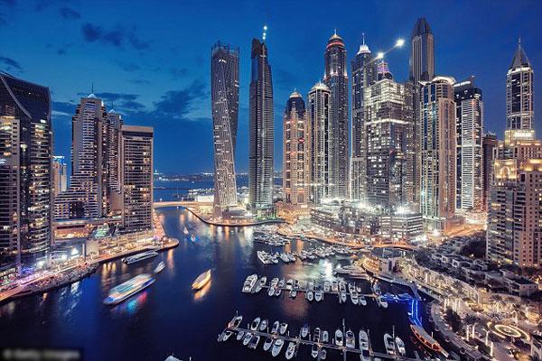 Cặp vợ chồng sống ở một trong những thành phố giàu có và xa hoa nhất thế giới. Ảnh minh họa.