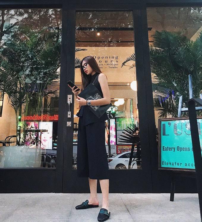 Sao Việt mê mẩn kiểu giày mules hở gót