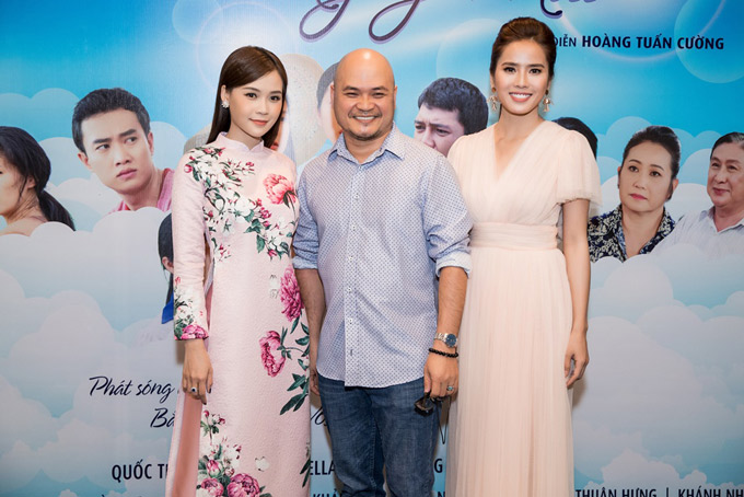 Đạo diễn Hoàng Tuấn Cường khen ngợi diễn xuất của Sam và Bella Mai.