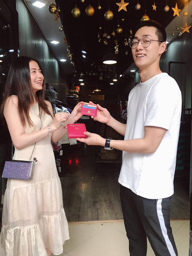 Mạnh Trường, Hồng Đăng tặng vợ toàn bộ tài sản nhân ngày 8/3 - 2
