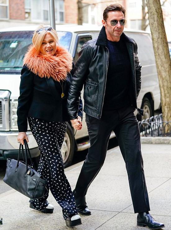 Hugh Jackman và nữ diễn viên Deborra-lee Furness đã gắn bó bên nhau gần 22 năm nhưng vẫn tình cảm như thuở ban đầu.