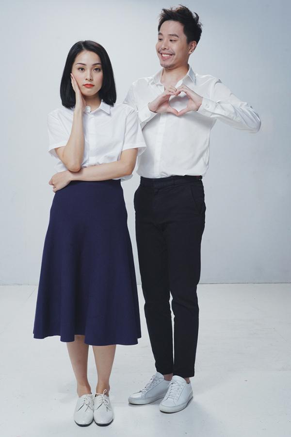 Hạ Vi vừa hoàn thành vai diễn trong phim Ông ngoại tuổi 30. Cô vào vai cô giáo của bé Phương Đông - cháu ngoại Sơn Huy (Trịnh Thăg Bình đóng) - và là người anh si mê từ lần gặp đầu tiên.