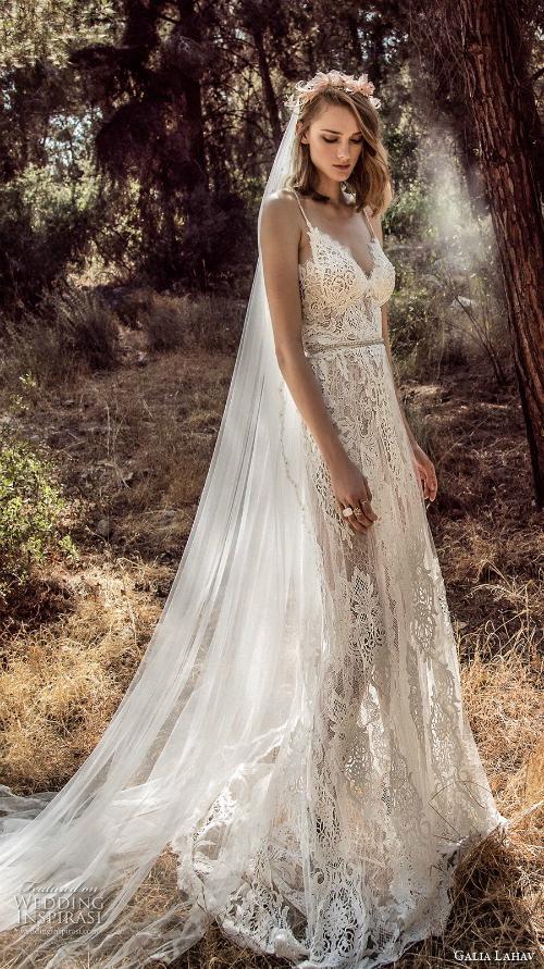 Xu hướng váy cưới 2018: Ngọt ngào và lãng mạn (Phần 1) - 12