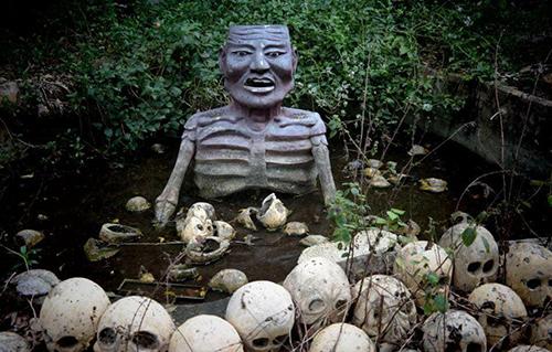 Những bức tượng đầy biểu cảm trong công viên bỏ hoang ở Phan Thiết - 6