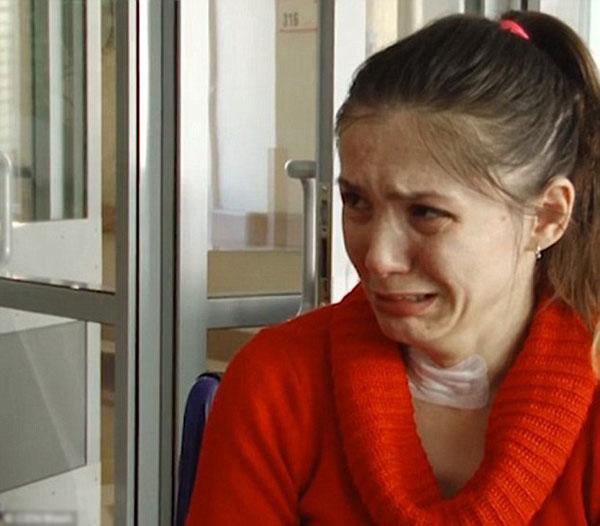 Bị mất trí nhớ, người phụ nữ bật khóc mỗi ngày khi được nhắc chồng đã ly dị mình