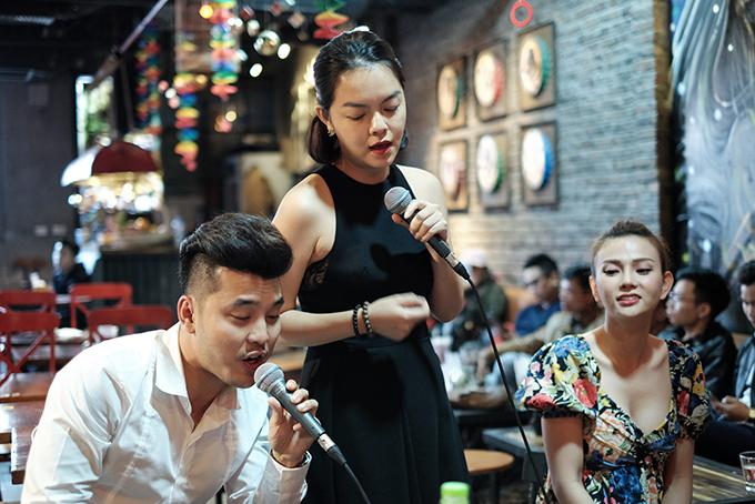 Thu Thuỷ, Phạm Quỳnh Anh lần đầu tái hợp Ưng Hoàng Phúc sau 14 năm - 2