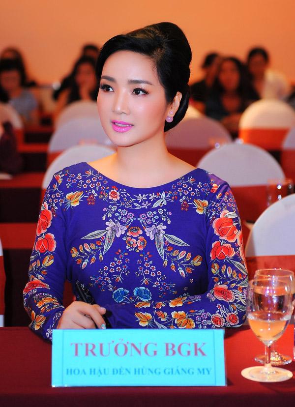 Hoa hậu đền Hùng đảm nhiệm vị trí trưởng ban giám khảo. Chị tự tin mình có đủ kinh nghiệm để tìm ra thí sinh xứng đáng với danh hiệu cao nhất.