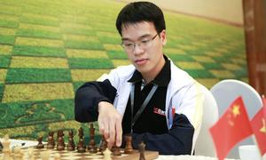 Lê Quang Liêm và Wang Hao bất bại ở ngày đầu giải cờ vua lớn nhất Việt Nam