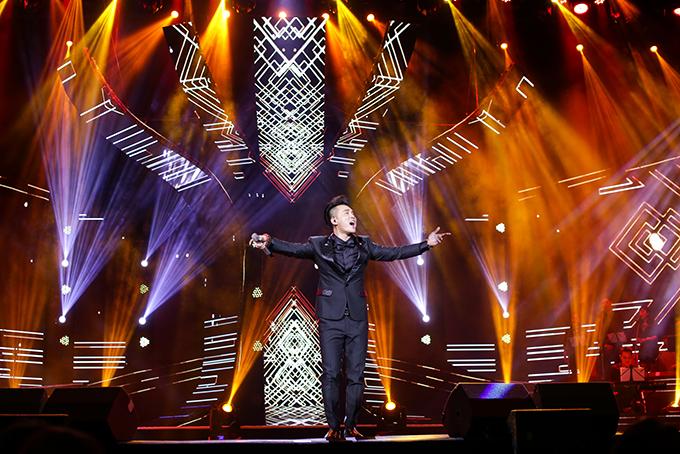 Người hâm mộ liên tục hát cùng Ưng Hoàng Phúc loạt hit đình đám trong liveshow - 5