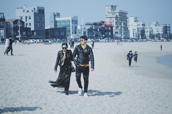 Văn Mai Hương mặc đồ đôi, tình tứ bên Bình An ở Hàn Quốc