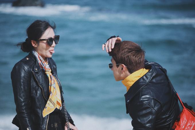 Văn Mai Hương mặc đồ đôi, tình tứ bên Bình An ở Hàn Quốc - 4