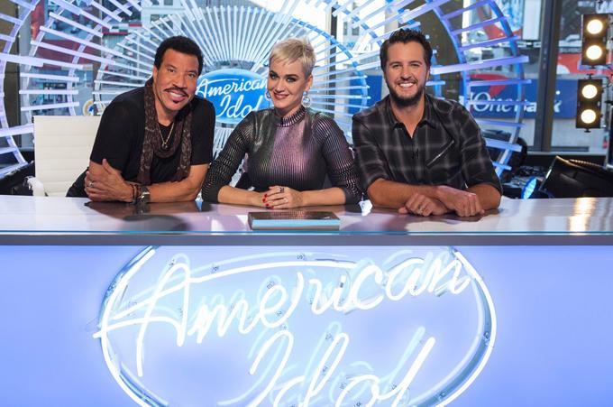 ACB đã phải trả số tiền lớn cho ba giám khảo của American Idol 2018, trong đó Katy Perry có cát-xê cao gấp 3 lần hai giám khảo nam. Tập đầu tiên của chương trình lên sóng vào ngày 11/3.