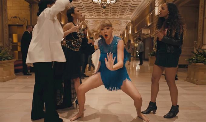 Taylor Swift trong MV.