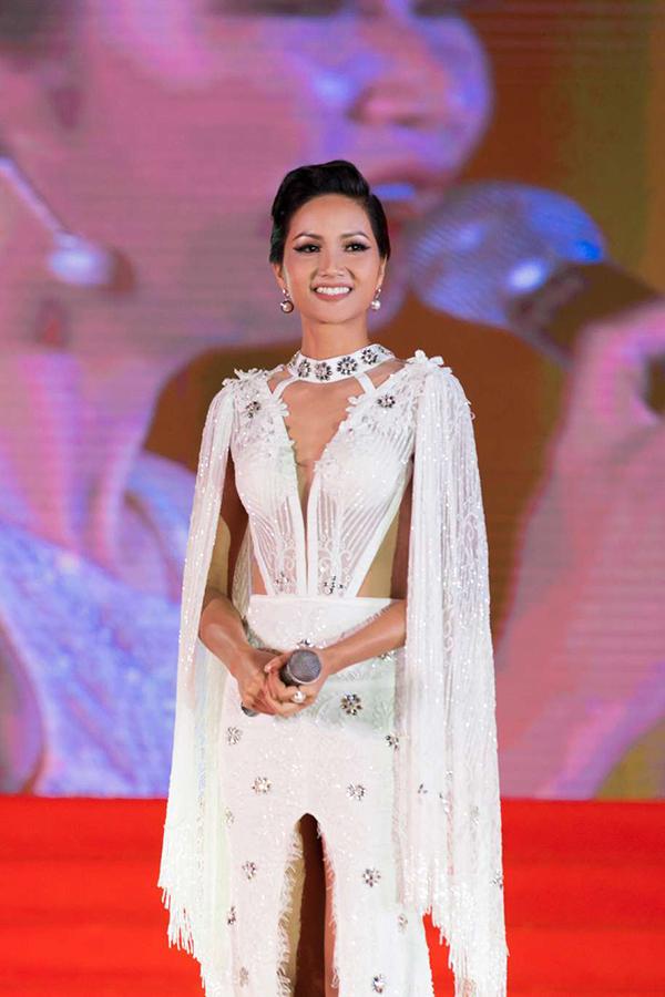 Hoa hậu HHen Niê - 8