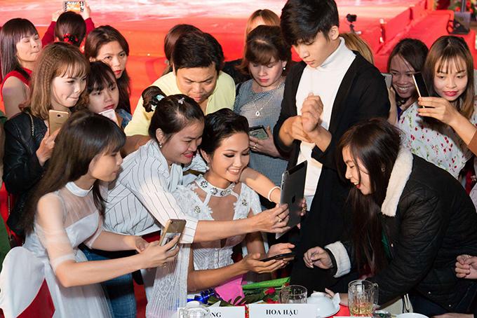 Hoa hậu HHen Niê - 11