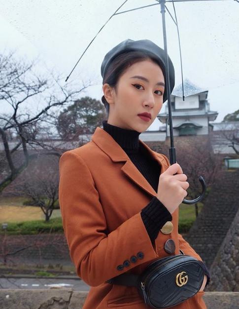 Cô nàng hotgirl Quỳnh Anh Shyn vừa có chuyến du lịch đầu năm tới Nhật Bản và khám phá nhiều cảnh đẹp ở miền Trung đất nước mặt trời mọc. Đây là lần thứ 3 cô nàng đến Nhật nhưng là lần đầu tiên được trải nghiệm nhiều điều thú vị ở Nagoya và khu vực lân cận.