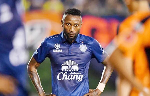 Hoàng Vũ Samson phải trở lại CLB Hà Nội do không thể cạnh tranh vị trí ở Burriam United. Ảnh: Goal.