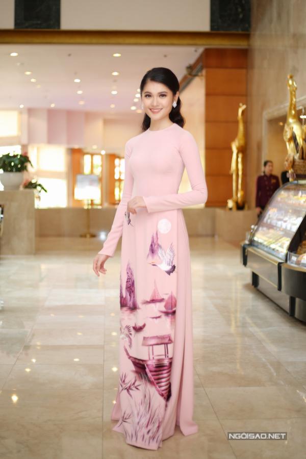 Đỗ Mỹ Linh, Kỳ Duyên đọ sắc tại họp báo kỷ niệm 30 năm Hoa hậu Việt Nam - 10