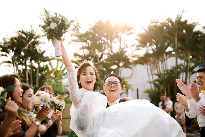 Tiệc cưới vui nhộn với nhiều trò chơi, tiết mục giải trí.