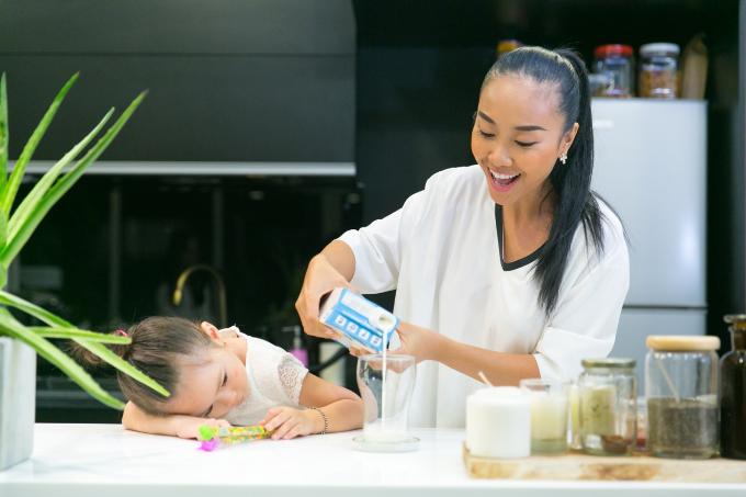 Đoan Trang nuôi dưỡng tình yêu thiên nhiên cho con gái từ nhỏ - 3