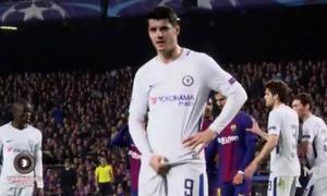 Morata túm 'chỗ kín' trả đũa các fan Barca