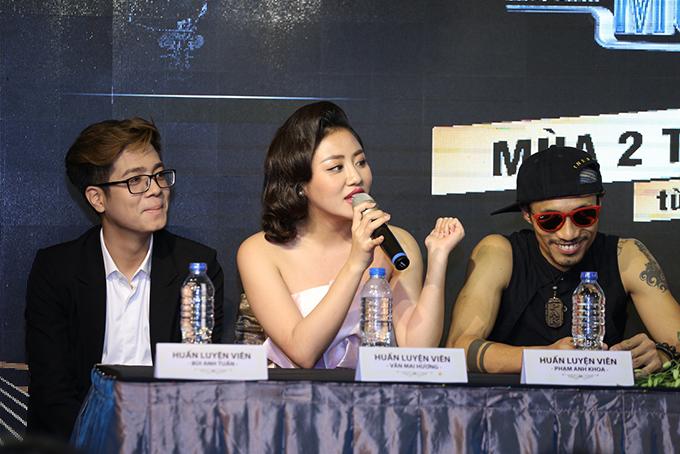 Huấn luyện viên Phạm Anh Khoa được nhạc sĩ Huy Tuấn giới thiệu là ẩn số lạ của chương trình.