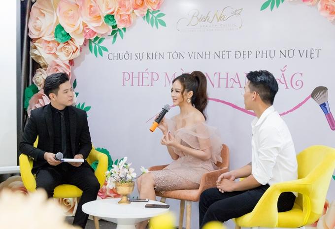 Cả chuyên gia make-up Lâm Nguyễn và Hoa hậu Kiều Ngân đều có chung quan điểm: phụ nữ Việt thiếu tự tin vì chưa chủ động trong việc chăm sóc và làm mới nhan sắc mỗi ngày. Nhiều phụ nữ cũng đồng tình với cách nhìn trên và háo hức được trải nghiệm hướng dẫn make-up cùng chuyên gia.