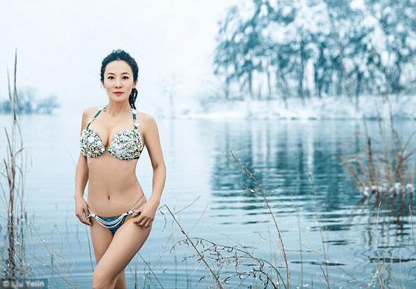 Bài tập yêu thích nhất của cô Liu là bơi lội.