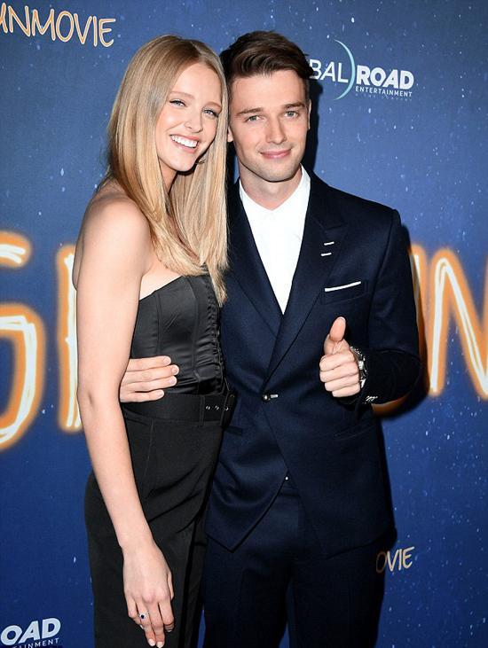 Patrick Schwarzenegger đã hẹn hò người mẫu Abby Champion hai năm nay. Trước đó, anh từng có một thời gian yêu ca sĩ Miley Cyrus.
