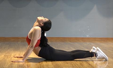 5 động tác giúp giảm đau vai gáy triệt để cho dân văn phòng