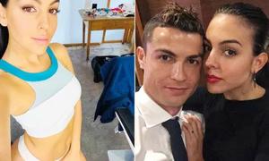 Người yêu C. Ronaldo khoe bụng phẳng 4 tháng sau sinh
