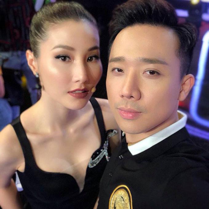 Trấn Thành và Diễm My 9X hội ngộ trong hậu trường một show diễn.