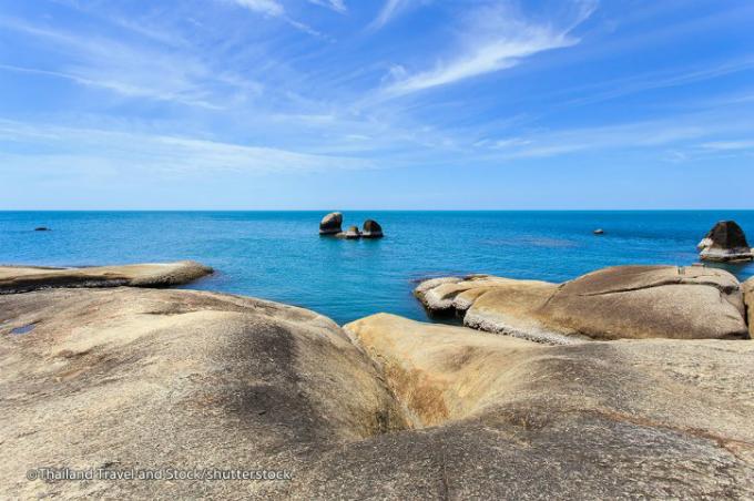 Khe đá âm vật Hin Yai tượng trưng cho người mẹ.