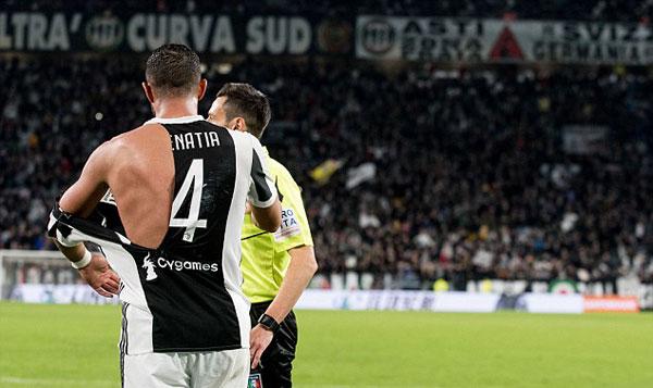 Với việc nhận thẻ vàng trong trận đấu này, Medhi Benatia không được ra sân trong trận đấu vào ngày 17/3.