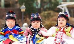 Song Il Gook khoe ảnh ấu thơ của ba con nhân dịp các bé tròn 6 tuổi