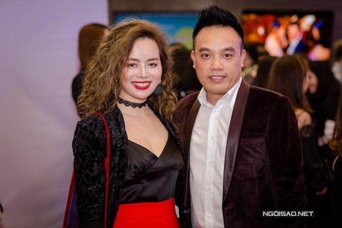 Elly Trần khoe ngực khủng, sóng đôi bên Trần Bảo Sơn - 9