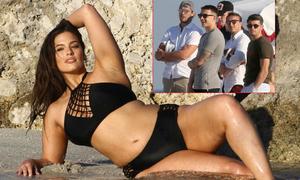 Các sao West Ham ngây người ngắm 'mẫu béo hot nhất thế giới'