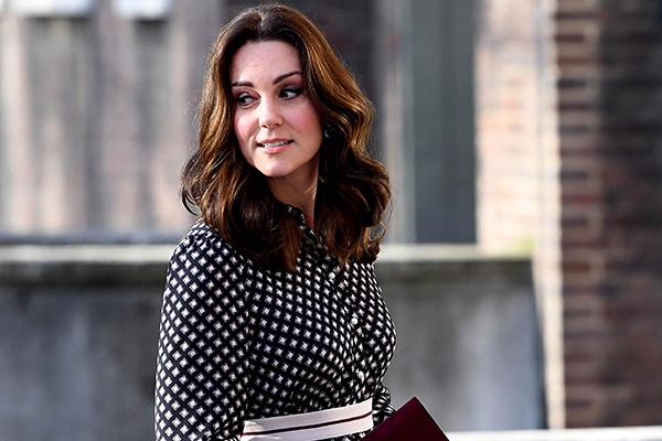 Công nương Kate áp dụng phương pháp giảm cân Dukan để có vóc dáng thon thả trước đám cưới hoàng gia.